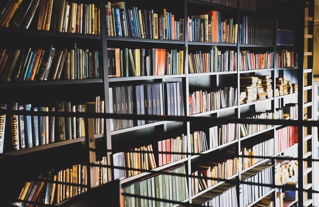 Invitation dans l'univers des libraires insolites