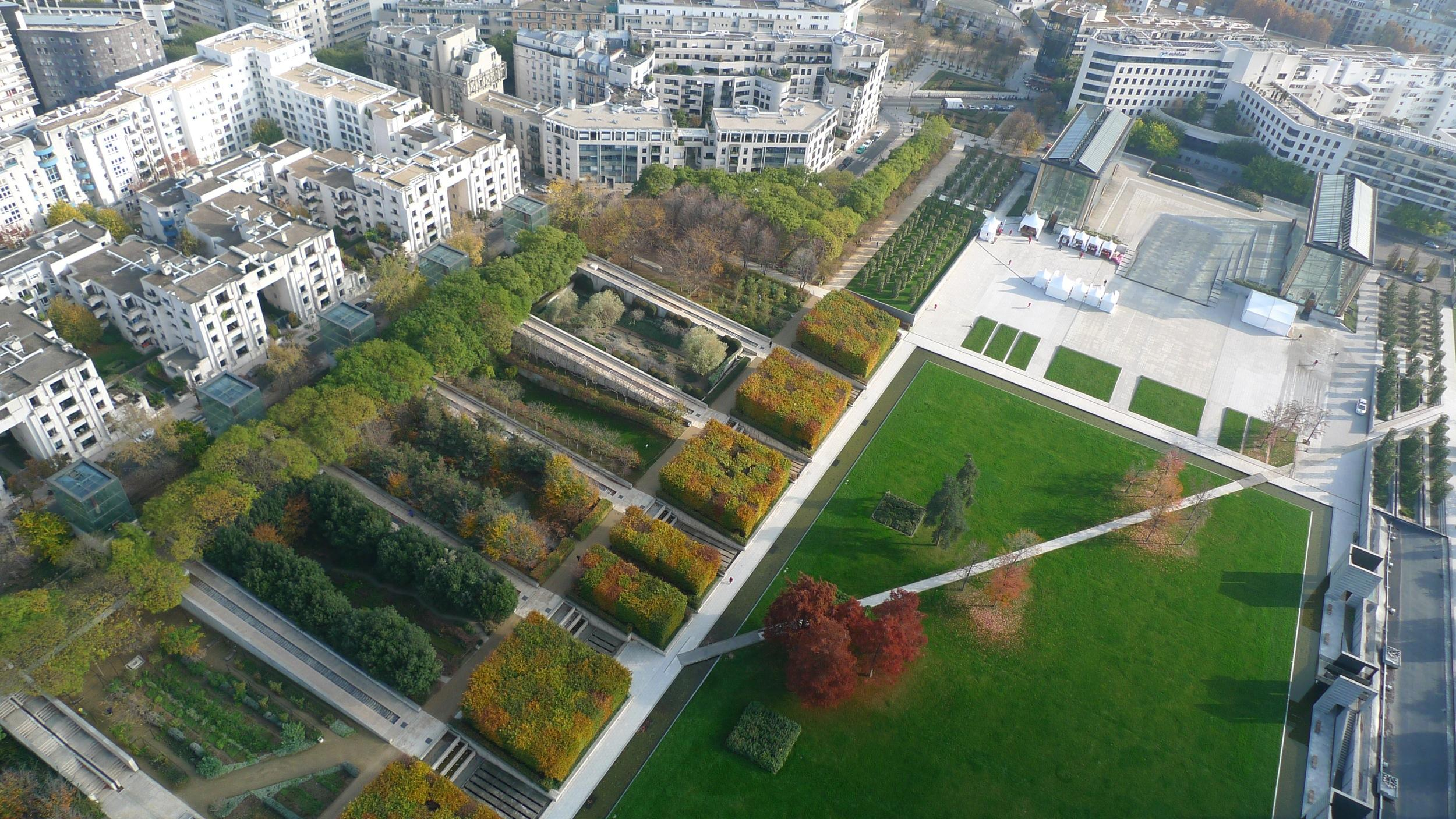 Parc André Citroën; admire Paris from above