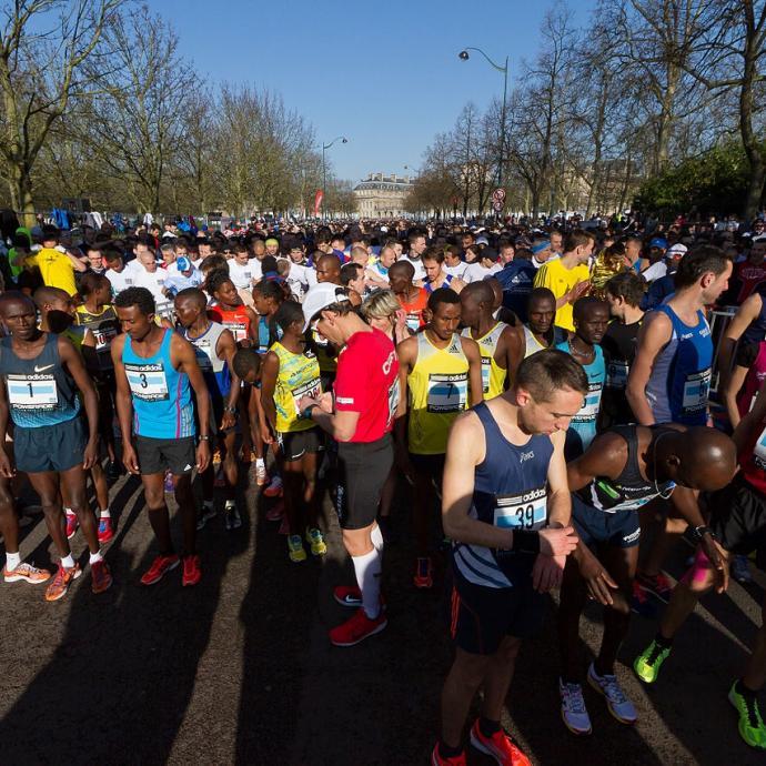 Come and enjoy the thrilling Paris Marathon